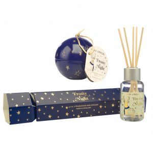 Frosty Night Bauble Candle and Cracker Diffuser by Wax Lyrical