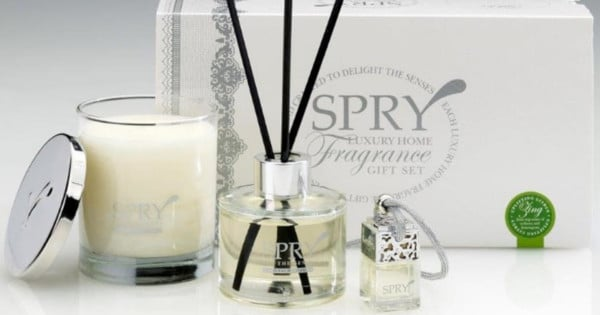 Spry Zing candles and diffusers